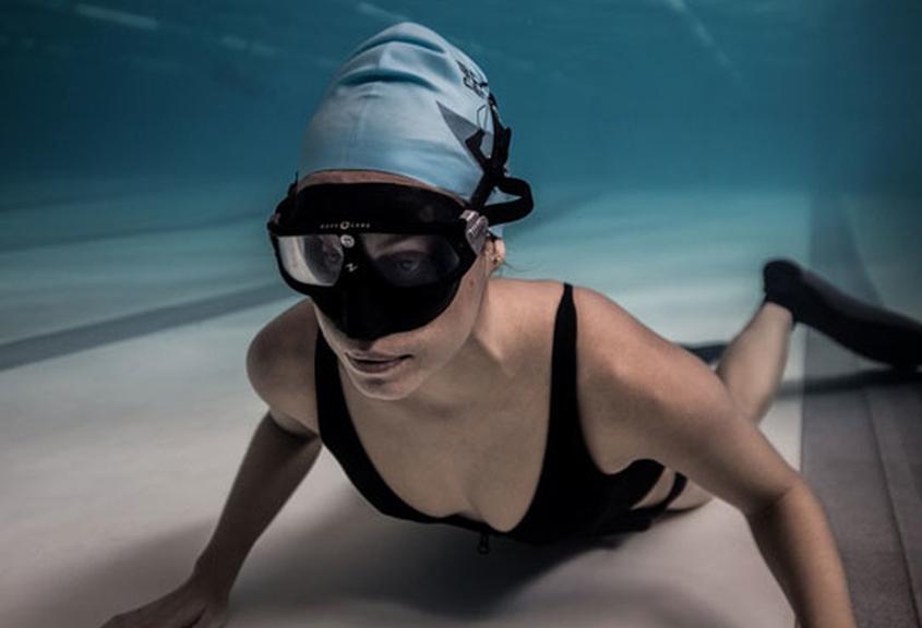 Apnea estática en piscina