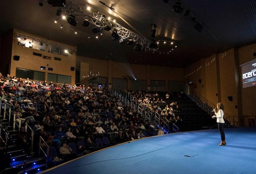 Auditorio Mar Rojo. Oceanográfico.